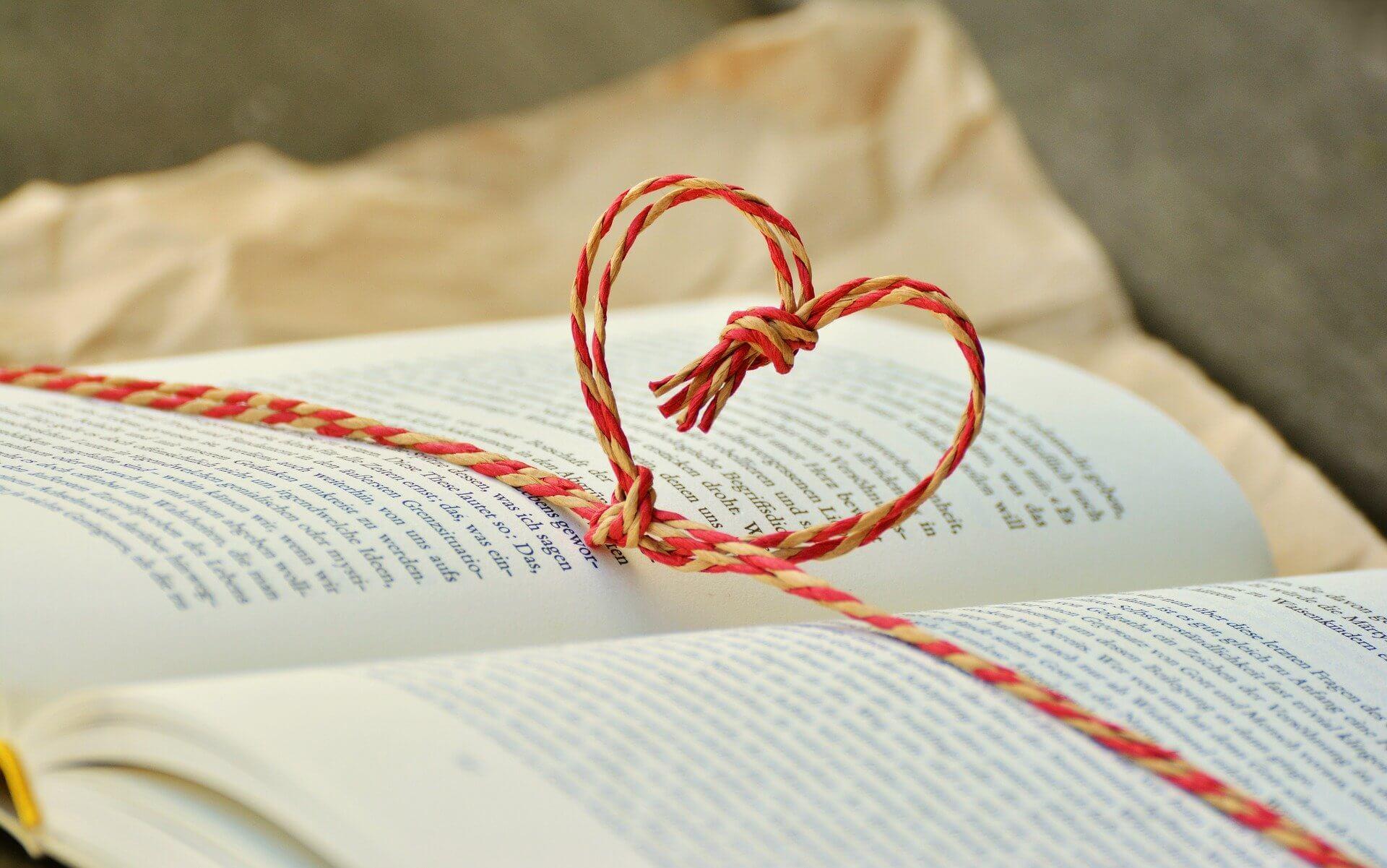 Buch-Herz-lesen-Fehlgeburt-Sprüche